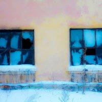 Причудливый взгляд старой котельной... :: Светлана Игнатьева