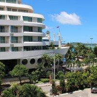 2012 год. Таиланд. Снимок с балкона: соседний отель. :: Владимир Шибинский