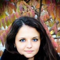 Осенний портрет :: Павел Быбко