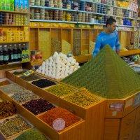 Иерусалим. Старый город. Арабский рынок. Горы пряностей. :: Игорь Герман