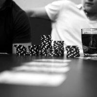 Игра в покер :: Павел Быбко