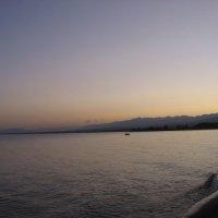 Озеро Ыссык-Куль :: Екатерина Карлова