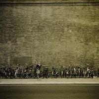 Стена велосипеда :: Владимир КРИВЕНКО