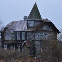 Дом призраков :: Владик Дружков
