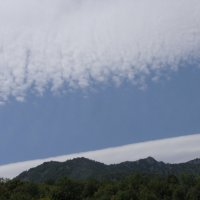 Небо рисует снег в жаркий летний день :: Диана Левицкая