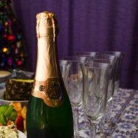 Новый год, шампанское и праздник :: Андрей Мирошниченко