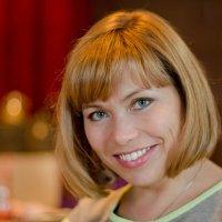 воскресные посиделки в кафе с подругой :: Анна Разгуляева