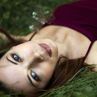 девушка,лето,трава :: Саша Балабаев