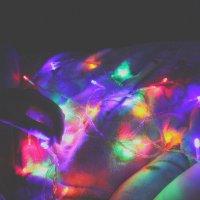 если звезды зажигают, значит это кому-нибудь нужно. :: Мария Only