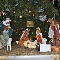Фрагмент у Храма в Рождество... :: Nonna