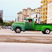 Зеленый грузовик :: Arman S