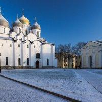 Прогулка по кремлю :: Евгений Никифоров