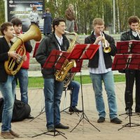 Не долго музыка играла.... :: Владимир Шошин