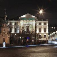 моя Столица ночная Москва(галлерея художника Шилова) :: юрий макаров