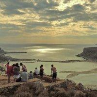 луч солнца над Балос :: Алексей Меринов
