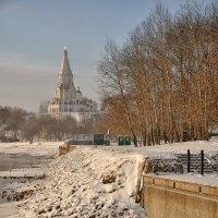 ...И вот является – вослед за темнотой ночлега какой-то детски ясный свет от неба или снега :: Ирина Данилова