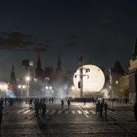 В круге света. :: Георгий Розов
