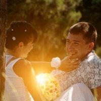 Любовь в солнечных тонах :: Игорь Лотоцкий