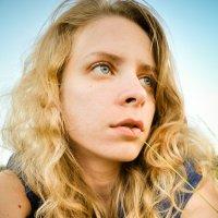 В поле ем соломинку :: Yana Sergeeva