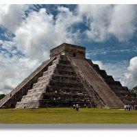 ..Пирамида Кукулькана. Чичен-Ица. Мексика. :: mikhail grunenkov