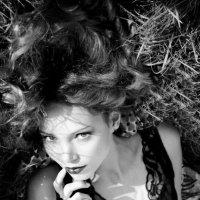 Тайна в каждом взгляде :: Мария Шапочка-Конвалова