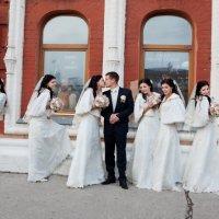 Свадебная прогулка.. :: Иван Клёц