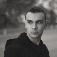 --- :: Alexander Sheetov