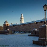 Западная сторона новгородского кремля :: Евгений Никифоров