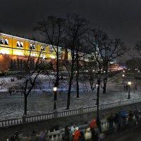 моя Столица ночная Москва(Александроаский сад) :: юрий макаров