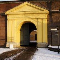 ворота Петропавловской крепости :: Вадим Мирзиянов