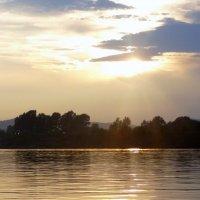 Закат на Амуре :: Лилия Гиндулина