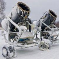 Снежные пушки :: Ирэна Мазакина
