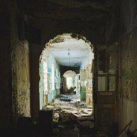 Сгоревшая больница :: Александр Воробьев