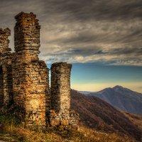 Руины :: Мамука Гоциридзе