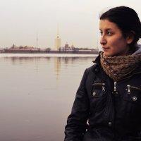 Автопортрет в любимом городе :: Евгения Латунская