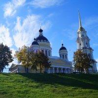 Рыбинск Золотая осень 2013 :: Alexandr Яковлев