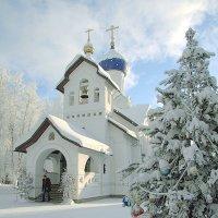 церковь г.Сургут :: Олег Петрушов
