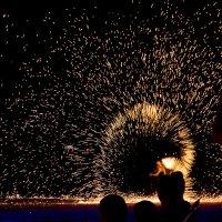 Брызги огня... :: Андрей Зименков