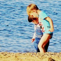 Дети и море :: Лилия Гиндулина