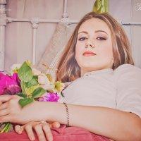 Нежная и романтичная Анастасия :: Svetlana Shumilova