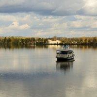 Осень на озере :: Дмитрий Кошелев