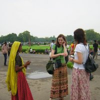 В парке Дели :: Ирина Богатырёва