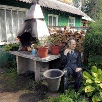 Хорошо иметь домик в деревне? :: Сергей Карцев
