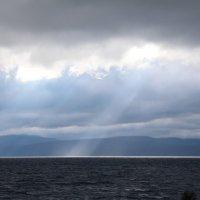 Лучи на озере Тахо (Tahoe) :: Алекс Преображенский