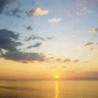 Немного солнца на рассвете :: Татьяна Кулаковская