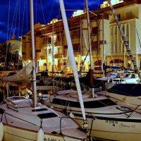 Порт спортивных яхт в г.Беналмадене (фрагмент). Андалусия. Испания. :: Виталий Половинко