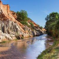 Красный каньон и ручей Фей. Вьетнам. :: IS_Irin .
