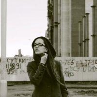 Улица - место где можно скрыться от проблем. :: Ирина Суслова