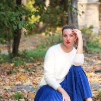 Девушка осень_2 :: Юлия Докучаева