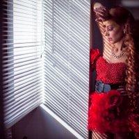 Through the blinds :: Александр Старлинг